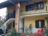 Casa bifamiliare sulla collina di Castelnuovo don Bosco in Vendita